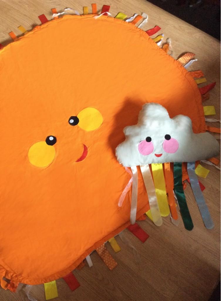 Napocska játszószőnyeg felhő párnával